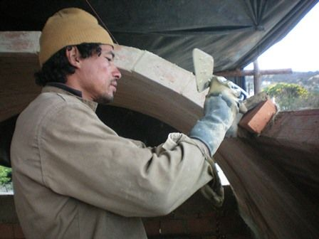 Boveda sin formaleta, tecnica de ladrillo recargado SUBACHOQUE COLOMBIA Arq, Luci E Garzon.  artesania del bovedero Raul