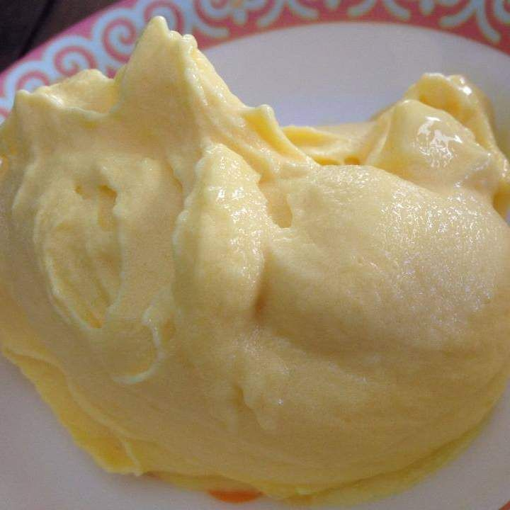 Recipe Instant Mango Soft Serve Ice Cream (sugar free, dairy free) by goaheadmakemylunch - Recipe of category Desserts & sweets