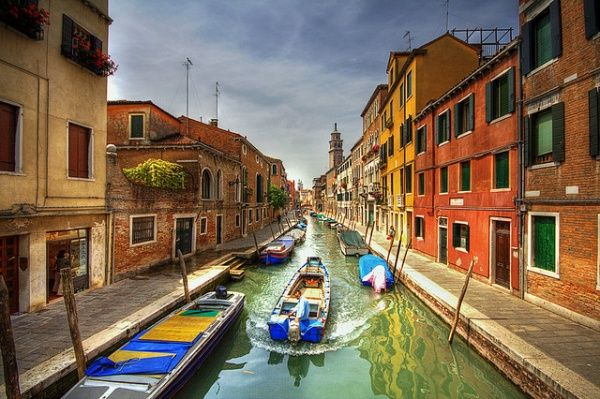 one-day-in-veniceOne Day, Photos, Beautiful Photographers, 25 Beautiful, Venice Italy, Travel, Places, My Buckets Lists, Memlano01 S Lists
