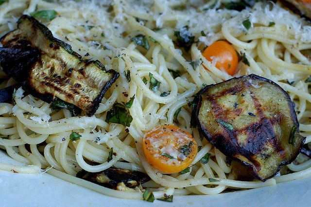 Pasta autunnale with roasted eggplant and zucchini, tomatoes and basil ...