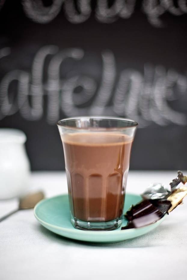 Chocolate and Orange hot chocolate    http://petal.ceros.com/crushonline/issue20/page/1?utm_source=Crush+subscribers_campaign=67770692bd-Crush_issue_195_10_2012_medium=email