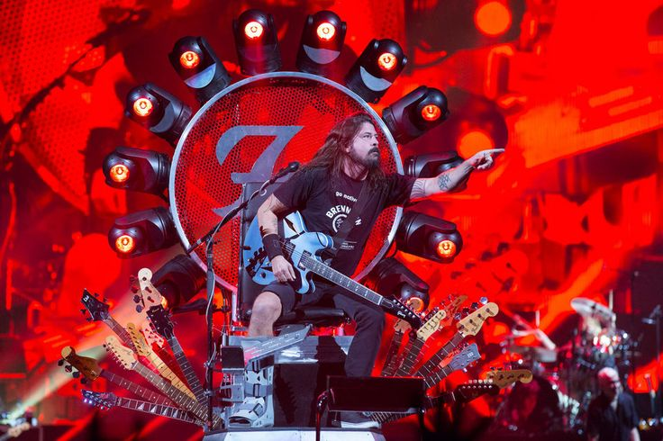 Foo Fighters, with frontman Dave Grohl wearing a boot after a recent leg break, rock the Moda Center on Sept. 14, 2015.
