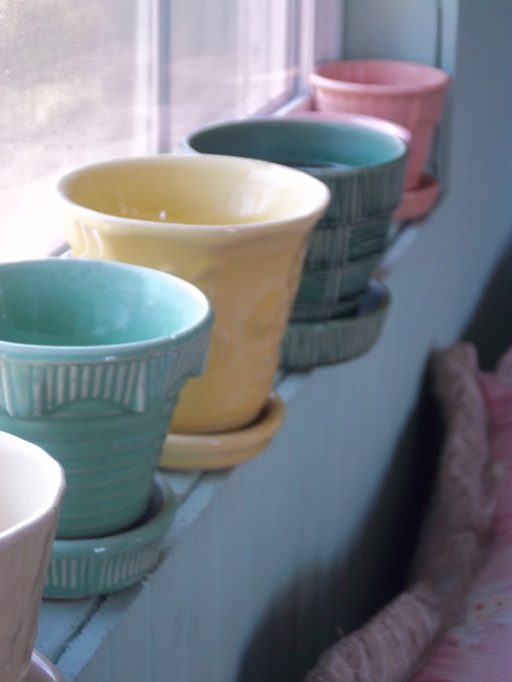 Colorful Vintage McCoy Pots, What A Way To Line A Windowsill!