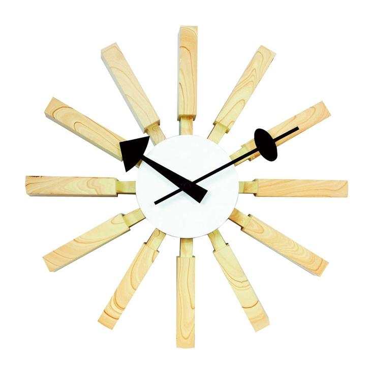 Jones Wall Clock hermoso