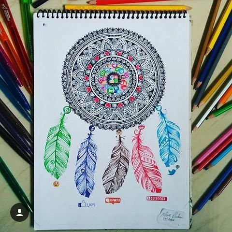 Creative and Amazing social media mandala and feathers by @noor__saba #arts #art…
