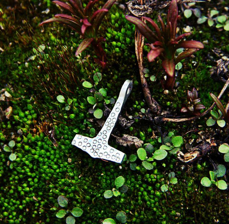 #viking #mjolnir #jewelry #mojoviking #replica