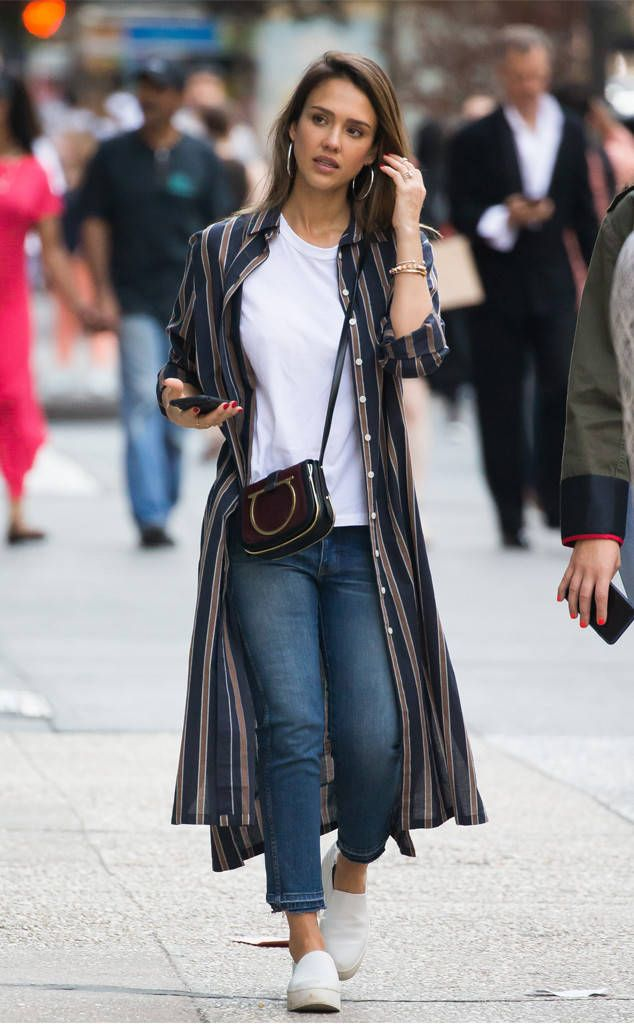 Jessica Alba from The Big Picture: Today's Hot Photos  Cute & casual! The actress is spotted in Manhattan.