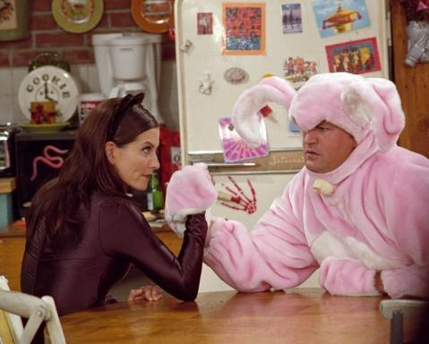 If I ever find the guy that is willing to dress up like this with me for Halloween, I will marry him on the spot!