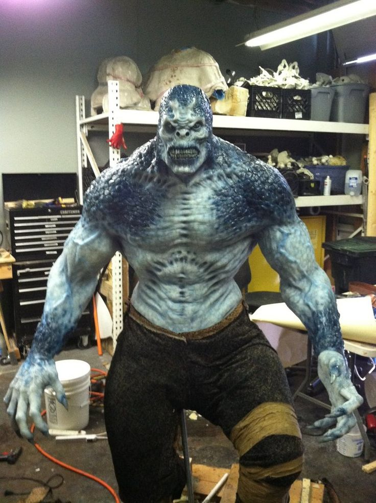 gears of war locust cosplay | life_sized_silicone_locust_from_gears_of_war_by_missile_me-d4xlzmy.jpg