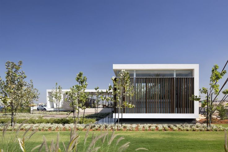 Gindi Holdings - Sales Center - Picture gallery