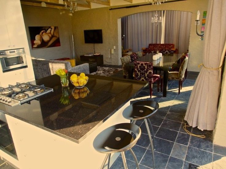 Tamboerskloof -3 Bed Penthouse Stunning views of the city and Table Mountain | Tamboerskloof | Gumtree South Africa | 141292495