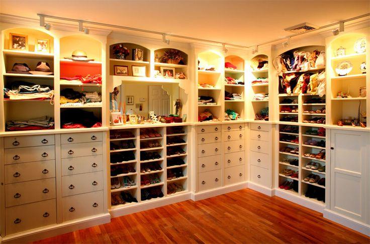 Женская гардеробная, как сделать советы Своя гардеробная для обуви и одежды дома !!! Как сделать ?  http://mangus.com.ua/novosti/svoya-garderobnaya
