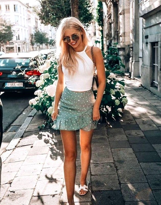 27 Awesome Spring Outfits Ideas for Women Trending Right Now Pinmagz in 2020 Spring outfits women Summer outfits women Trending outfits