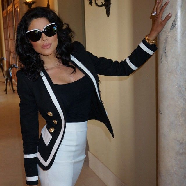 Leyla Milani-Khoshbin @leylamilani Instagram photos | Websta Heading out! Faux bob courtesy of @peterhairbh makeup @josecorella #Dior shades, #Balmain jacket #AliceAndOlivia skirt