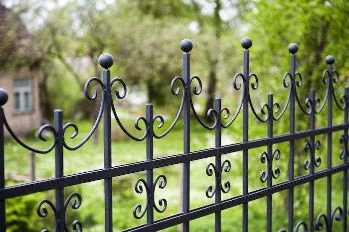 Ornamental Aluminum Fencing, Gardenista   Sizing and pricing