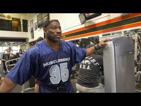 Dexter Jackson At The Mecca Golds Gym Before LA Fit Expo - YouTube