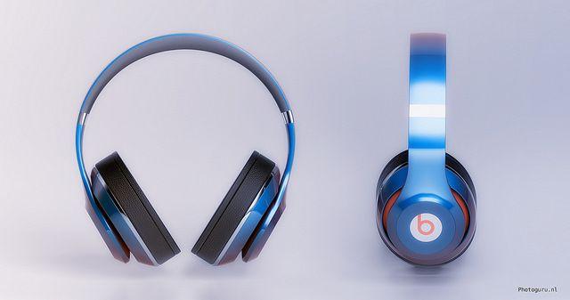 Beats by dr Dre ( wie houdt er niet van?) koptelefoon ontworpen in 3d studio max en I-ray