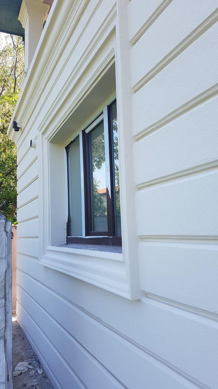 Ancadrament fereastra pe fatada casa cu bosaj decorativ CoArtCo