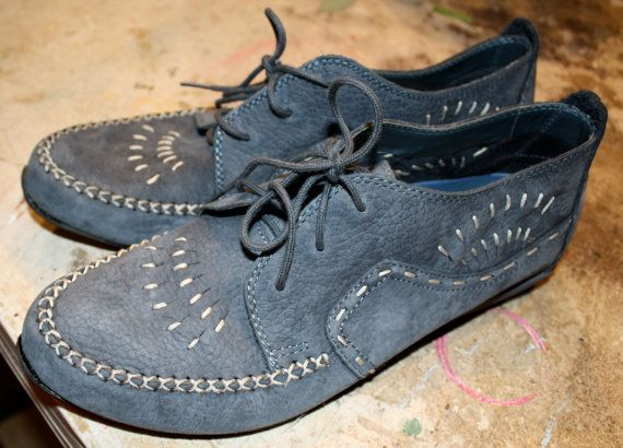 vintage hipster shoes native american style Hush pupies