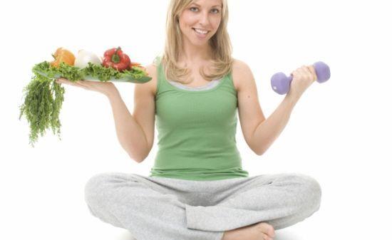 먹으면 각종 질병을 예방해 주는 음식 8가지  바쁜 직장생활, 각종 스트레스로 인해 힘들 때 일수록 건강을 잘 지키는 것이 중요합니다. 질병을 예방하는데 있어 가장 쉬운 방법은 제대로된 음식 섭취입니다. 각종 질병들을 예방해주는 일상에서 쉽게 접할 수 있는 음식들에 대해 알아보겠습니다.  1. 강황 강황은 카레에 들어가는 주 성분입니다. 카레의 매콤함을 더해주는 항산화성분인 쿠르쿠민이 포함되어있어 관절염, 궤양..