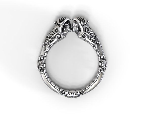 Lovers kiss ring - romantic ring with a touch of fantasy - sterling silver