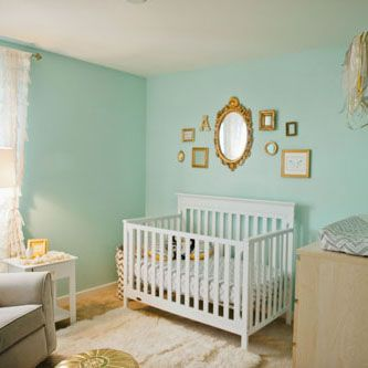 Such a sweet aqua nursery for a baby girl featuring touches of gold. The combination of these colors is so elegant! /ES