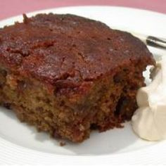 Cape Brandy Pudding Recipe - Perfect for a change from the traditional Christmas pud, this one has a South African twist and can be served with cream or custard!