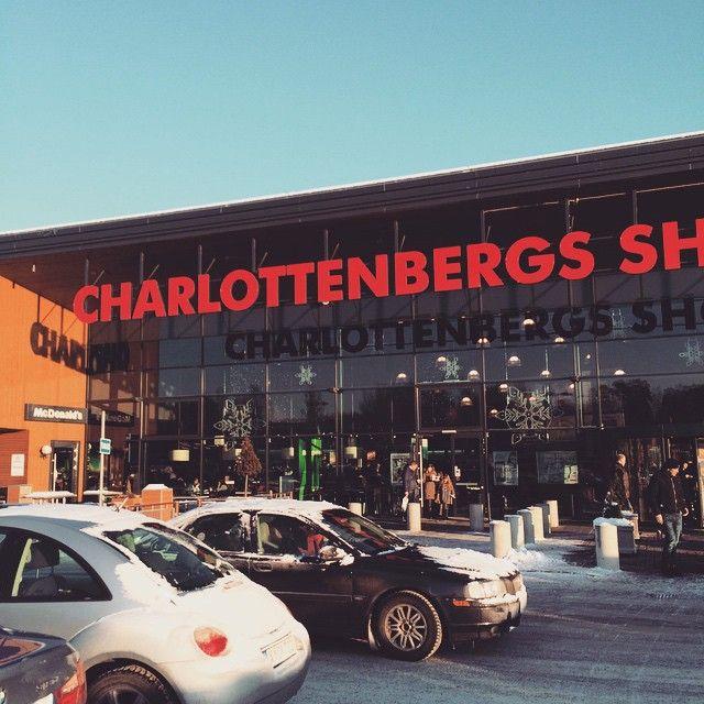 Charlottenbergs Shoppingcenter in Charlottenberg, Värmlands län