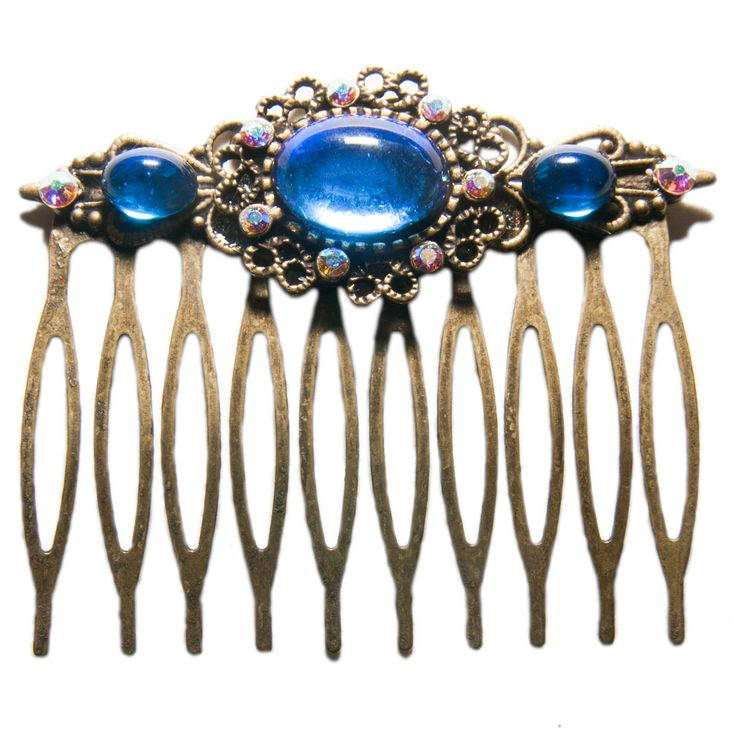 Peigne féerique orné de cabochons en verre bleu et de cristaux de Swarovski
