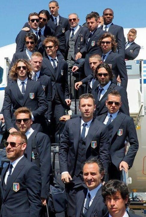 Italian Football ~ #Italian #Football #Soccer #Players #Sport ~ Italia Azzurri