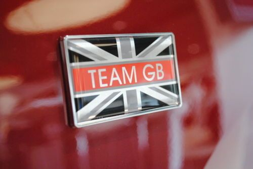 Nissan-Team-GB-Wing-Badge-Emblem-New-Genuine-9999823418