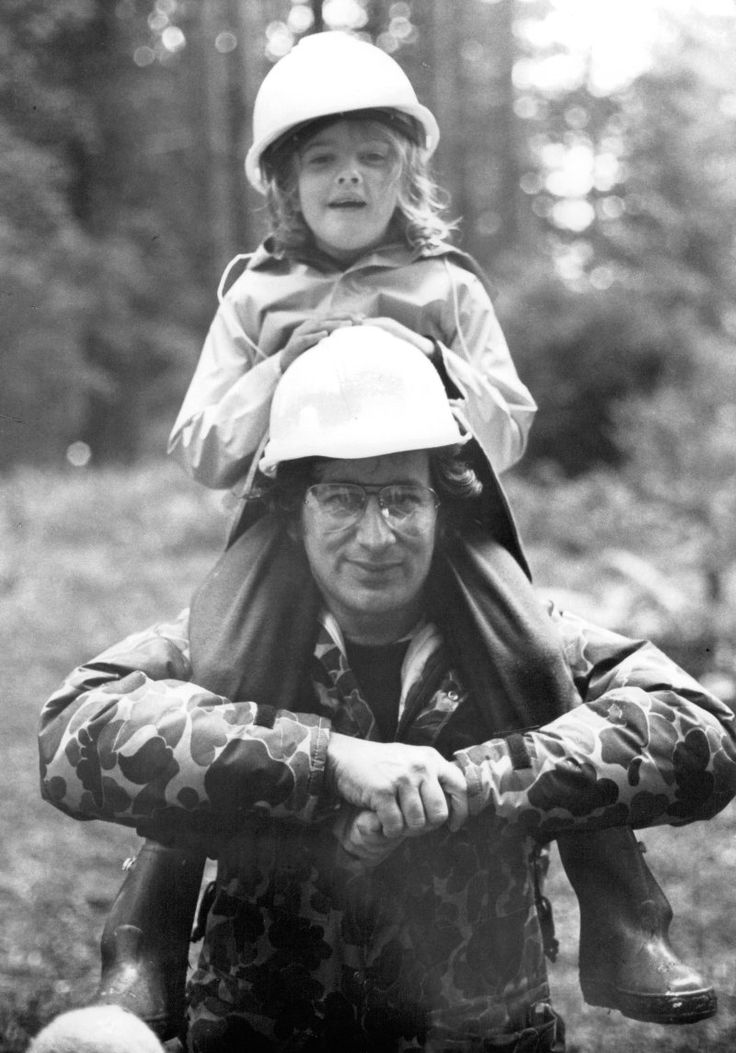 "Drew Barrymore and Steven Spielberg on the set of ""E.T. the Extra-Terrestrial"" (1982)"
