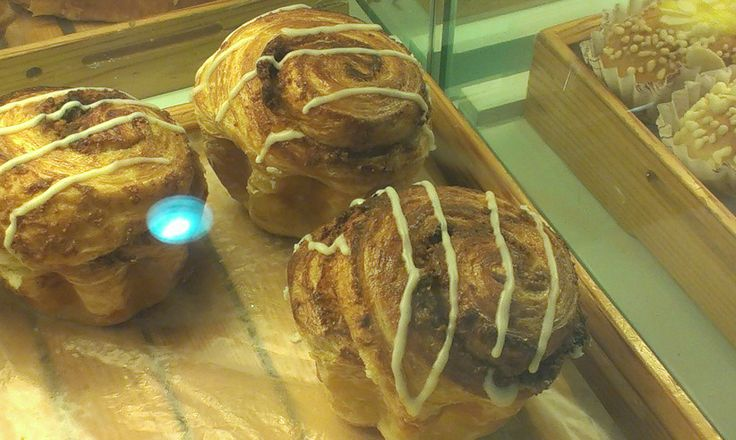 this one is for @Anne Dyck who will be happy to know there are cinnamon buns at the bakery as well <3