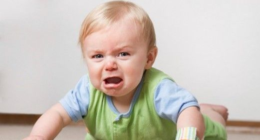 7 Razones más comunes por las que lloran los bebes | LolaSabe