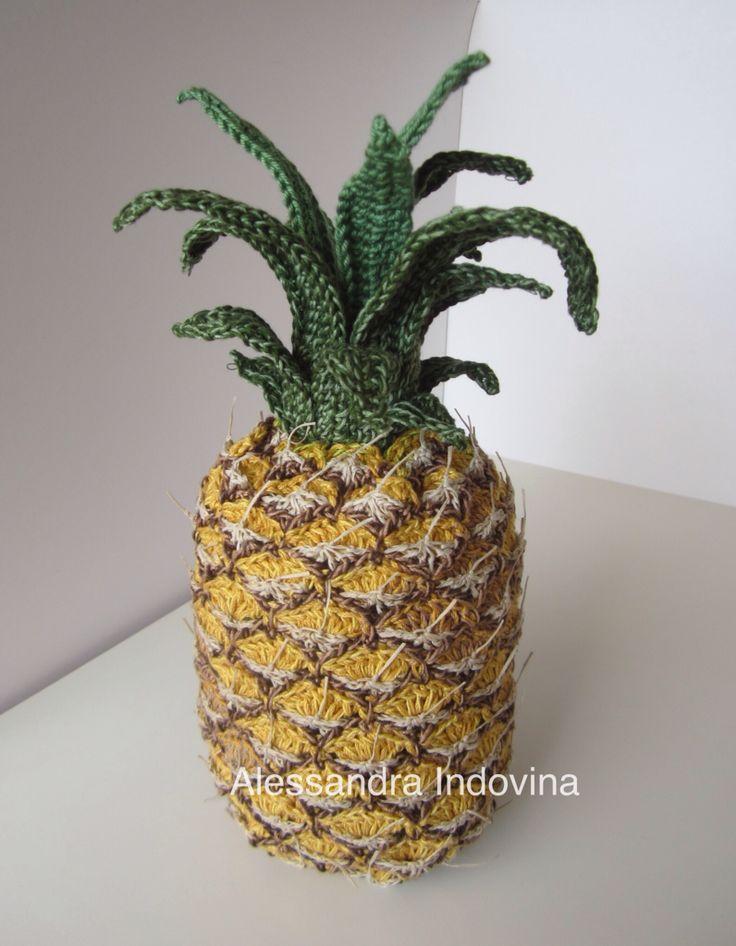 """Ananas crochet. Il mio ananas per """"Feeding the planet with art"""" opera collettiva omaggio all'Expo 2015"""