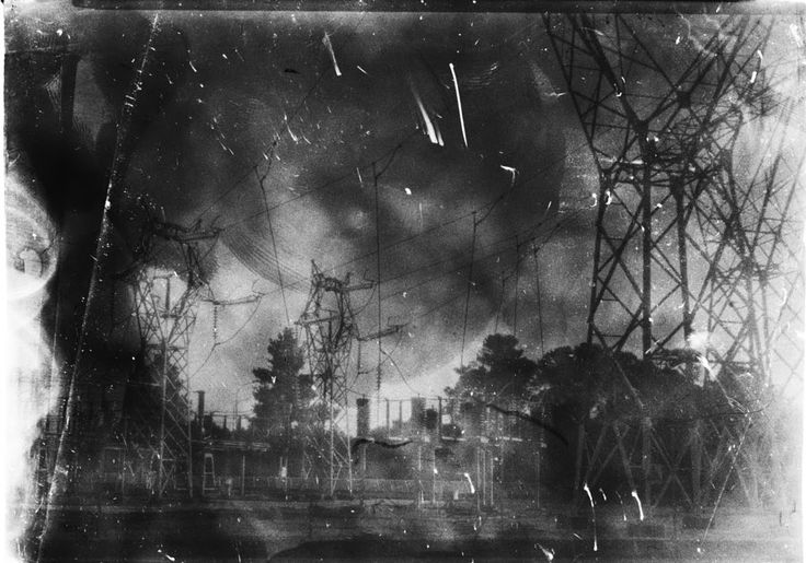 Electricity might be clean but this picture came out very smokey. That should make You think. Is electricity clean for real? Or it transmit strange things to xray film? No just Very fogged film from 500px