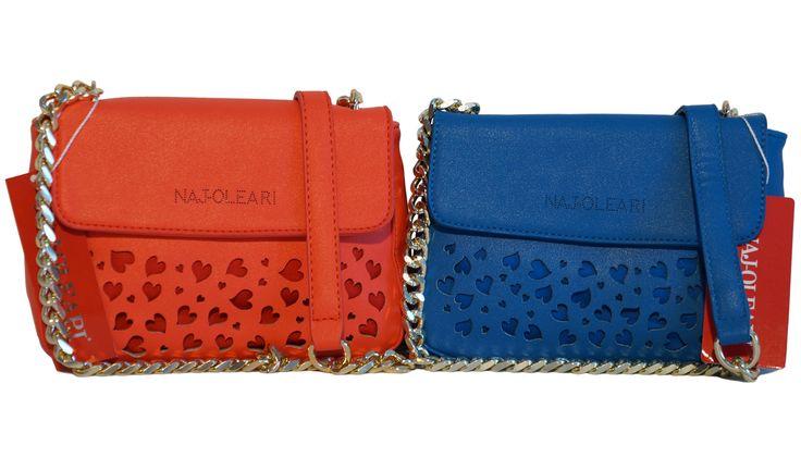 Deliziosi cuoricini traforati per le mini bag più trendy del momento. Firmate Naj-Oleari, le trovi in vendita online da OMG Styles Europe qui: http://www.amazon.it/Naj-Oleari-ecopelle-tracolla-lavorazione-traforata/dp/B01EOY63RG/ref=sr_1_6?m=AMVJO3UPU429R&s=merchant-items&ie=UTF8&qid=1462951592&sr=1-6