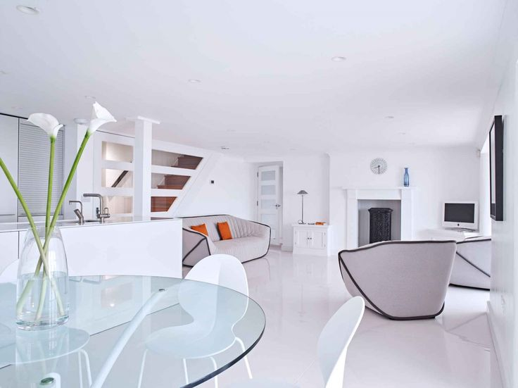 Fabulous tranquil family living space kitchen design for Prix d une cuisine bulthaup