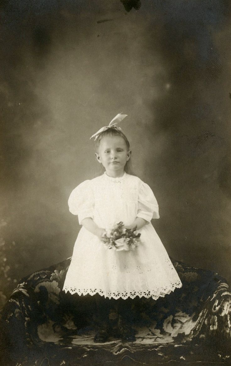 Elsie Fairchild. The Old Trunk in the Attic: Friday's Faces from the Past - Elsie Fairchild