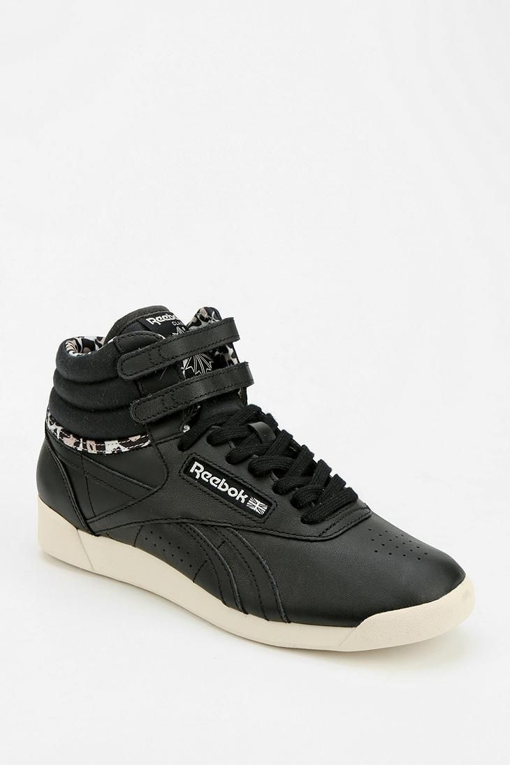 Reebok Classic FREESTYLE - High-top trainers - black oBBnxI8P