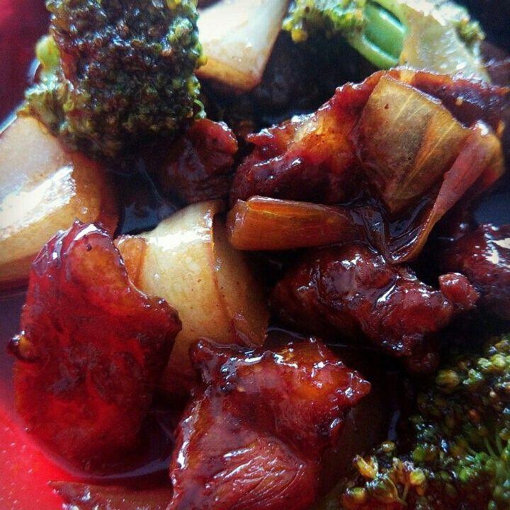 Black pepper beef  by waroeng_wadjan