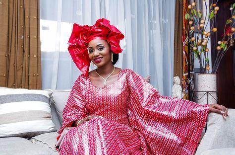 Le couple Mohamed et Yasmeen Touré partagent avec vous leur mariage traditionnel Sénoufo à Abidjan. #bazin #senegal #mali #senegalais #malien #coted'ivoire #togo