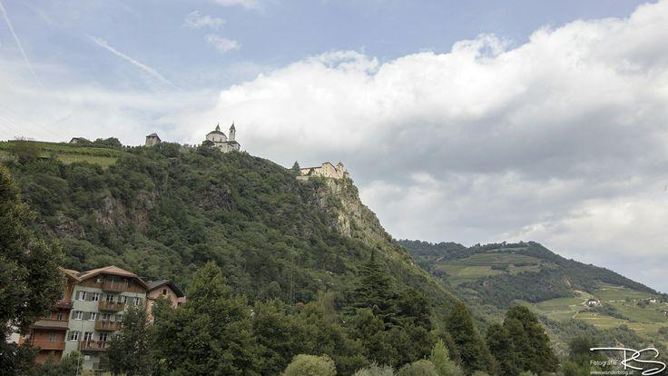 Klausen im Eisacktal mit Blick auf das Kloster Säben  #südtirol #italy #italien #klausen #eisacktal #brixen
