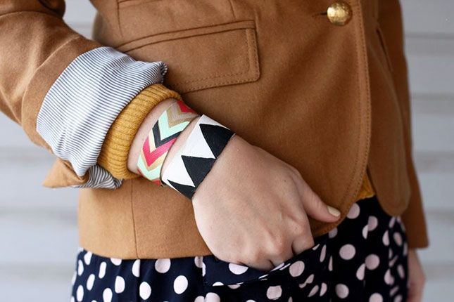Painted Leather Bracelet | 40 DIY Bracelets You Need to Check Out