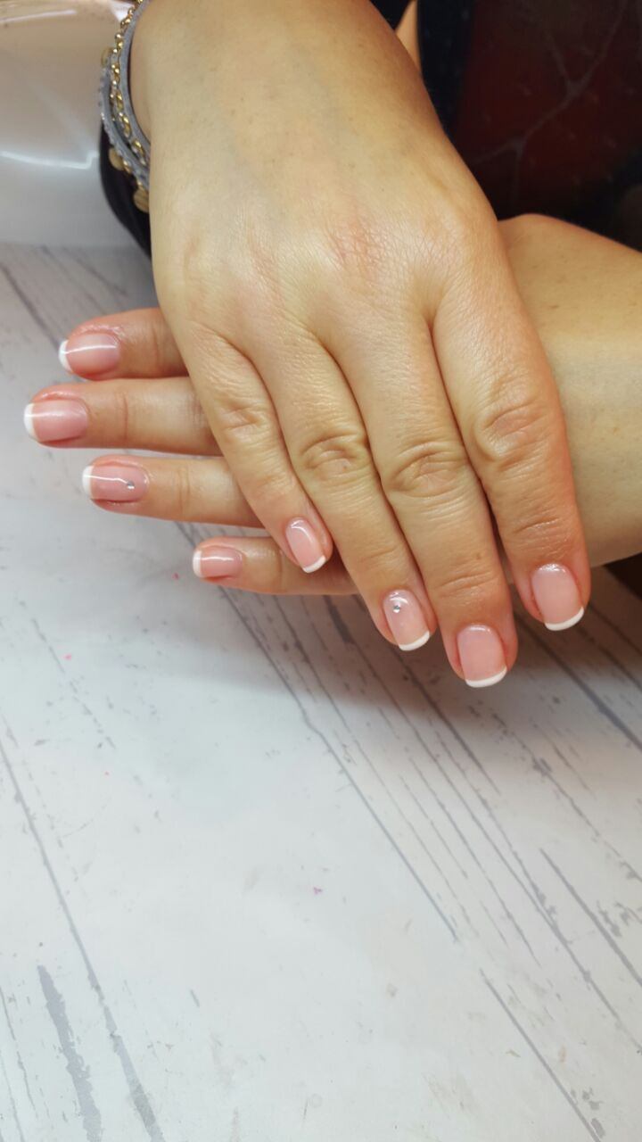 Natural french manicure