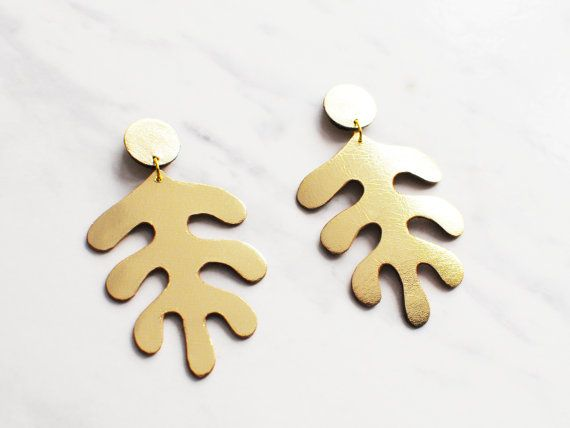 Hey, I found this really awesome Etsy listing at https://www.etsy.com/il-en/listing/255821987/handmade-gold-leather-matisse-inspired