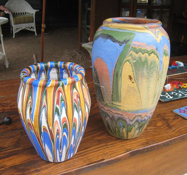 Ozarks Roadside Tourist Pottery. Can you ever have enough? Not mine, but would be if I ran across it at the flea market.