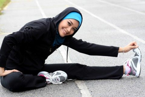You don't have to lose the hijab to get fit... Here's some inspiration:  http://modestmuse.co.za/pretty-as-a-picture/sports-hijabs-for-the-active-muslimah/