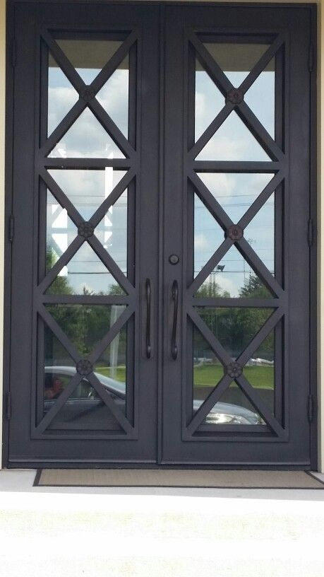 Best 25 glass front door ideas on pinterest farmhouse for Exterior entry doors with glass