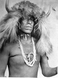 Sia buffalo mask photographed by Edward Curtis